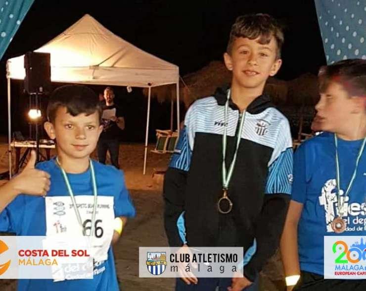 Antonio Ruiz vence en categoría alevín en la Carrera Espeto Beach Running